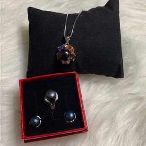 Jewelry - 🆕Authentic Freshwater Pearl Set